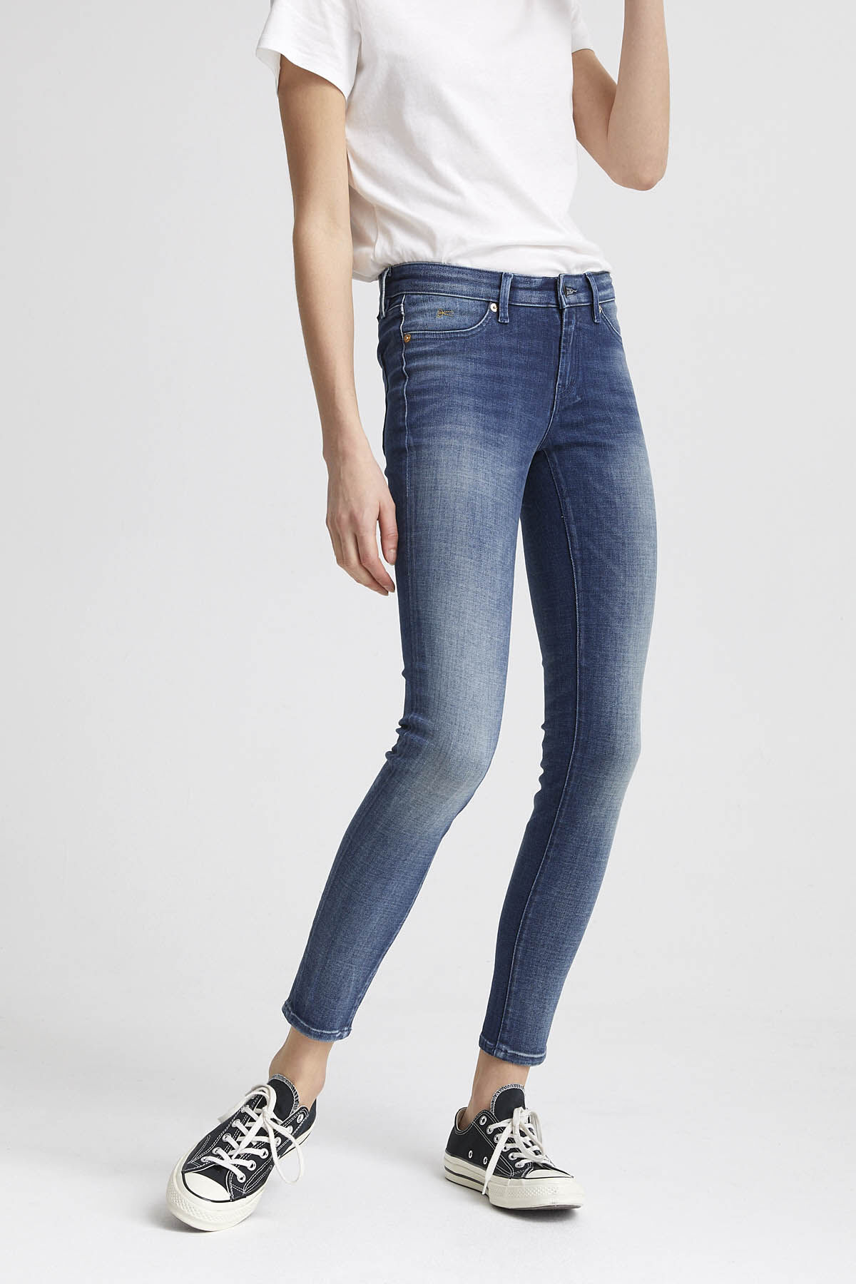SPRAY Heavy Fade, Indigo Denim - Mid-rise, Tight Fit