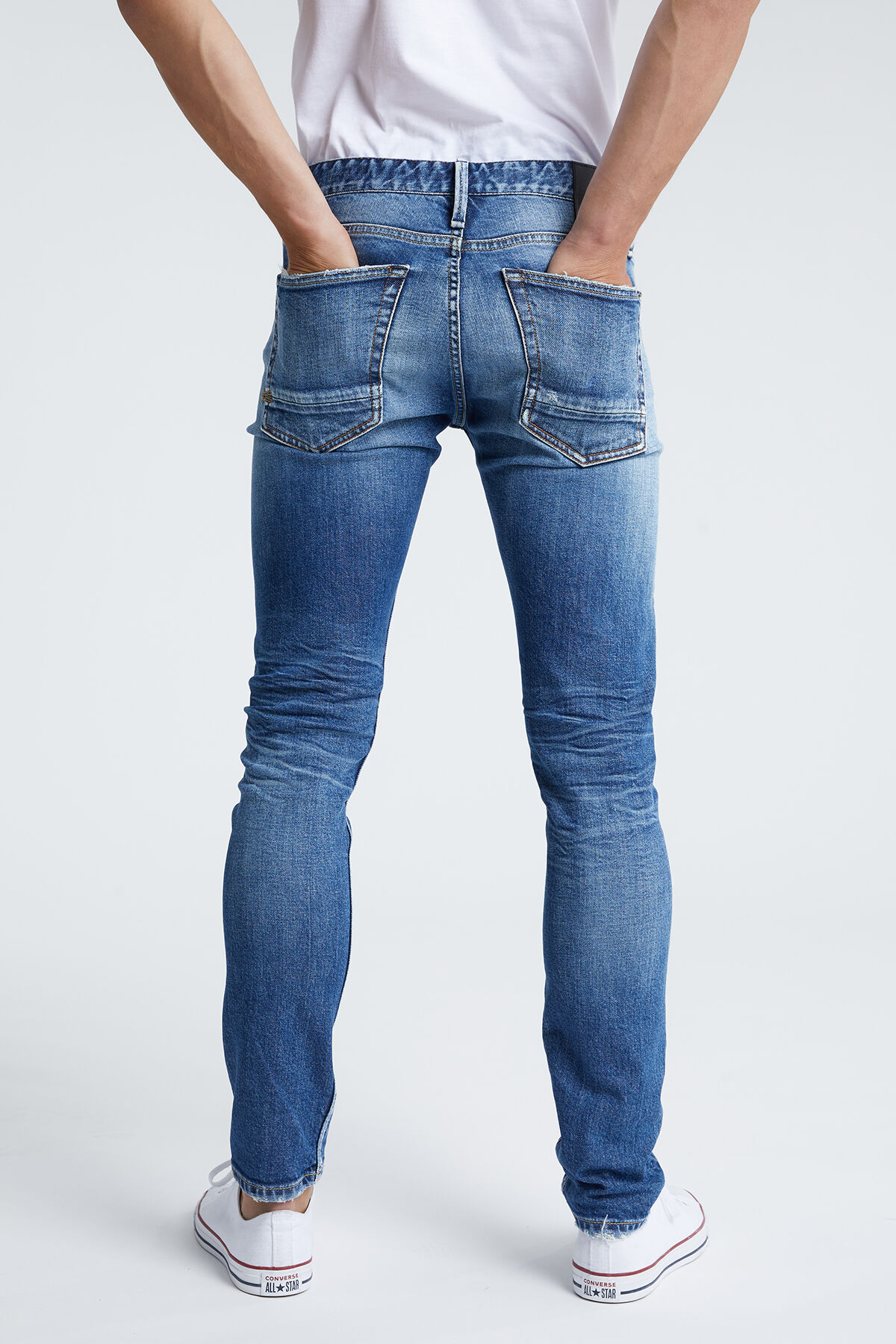 RAZOR Four-Year Selvedge Denim - Slim Fit