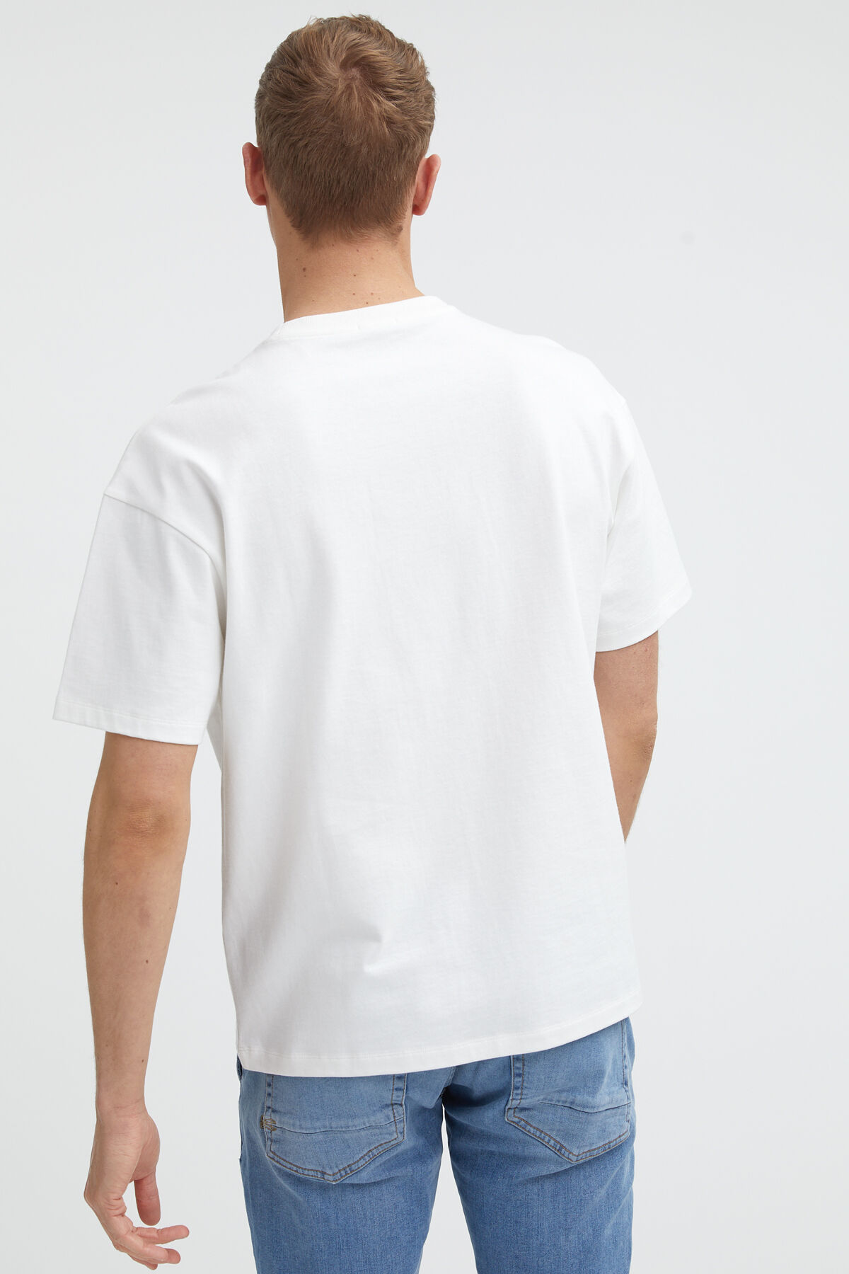 FIGHTING CRANE TEE Woven Hem Label - Boxy Fit