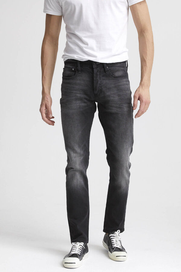 RAZOR Ace Black Denim - Slim Fit
