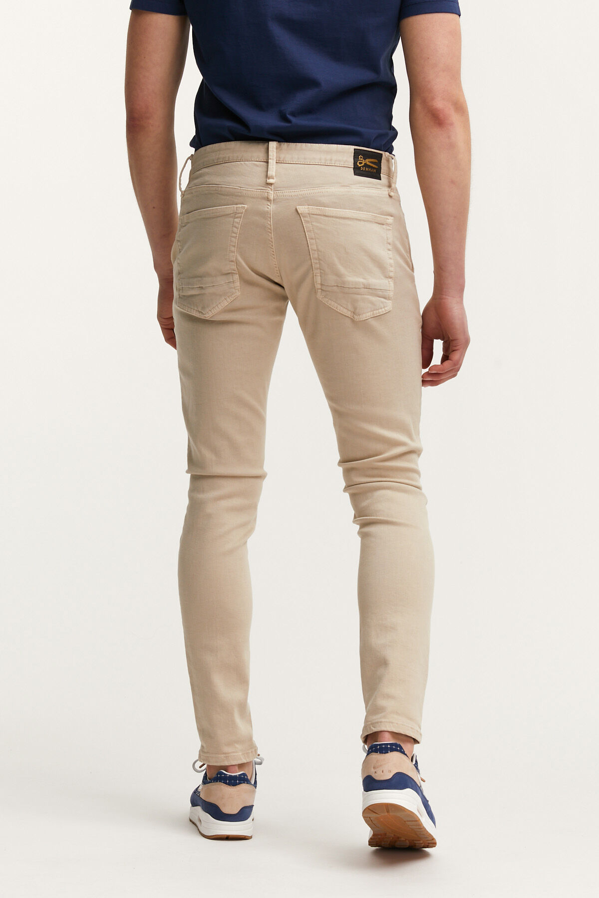 YORK CHINO Cotton & Tencel Blend - Slim, Tapered Fit