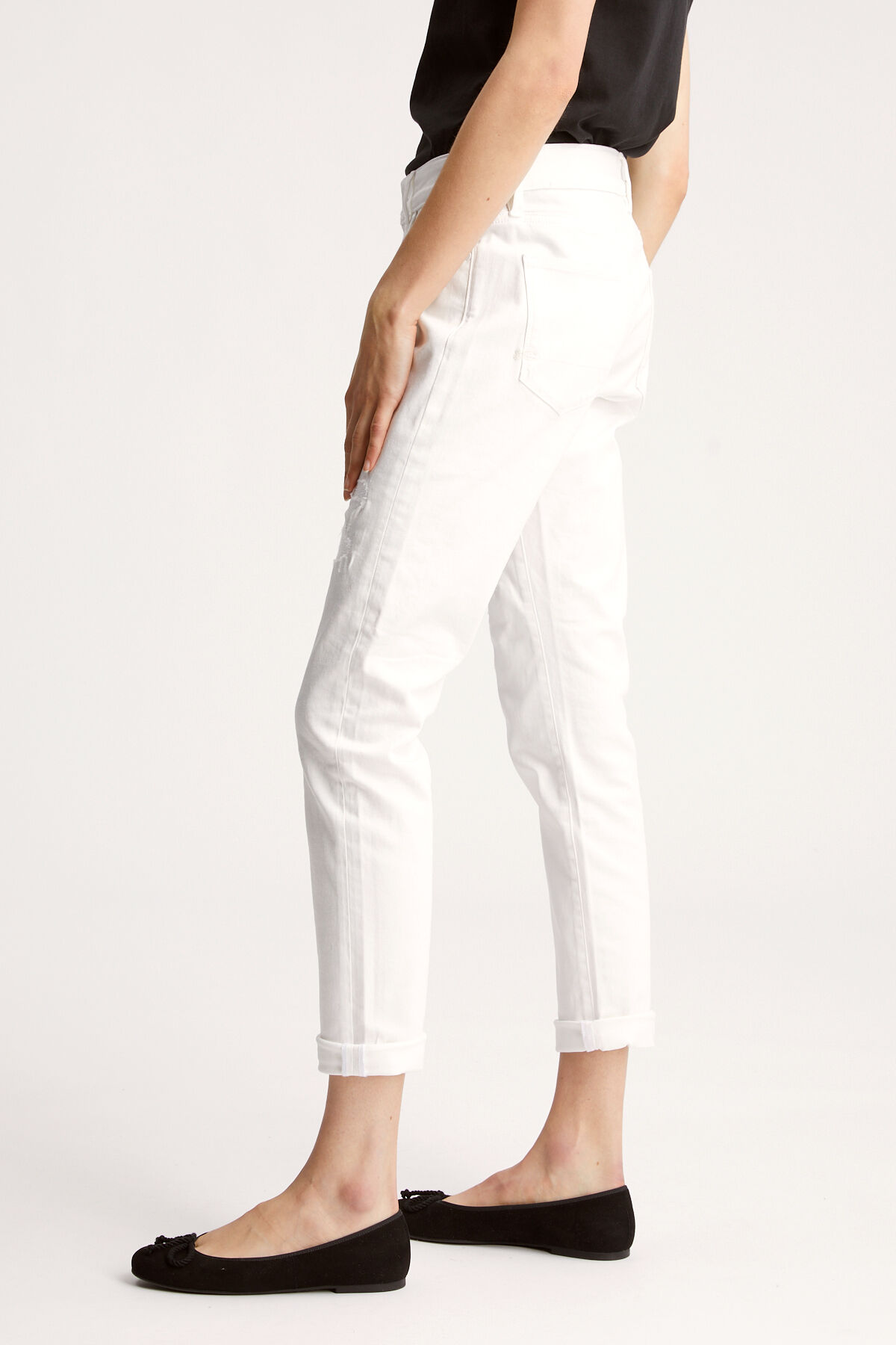 MONROE White Rip & Repair Denim - Girlfriend FIt