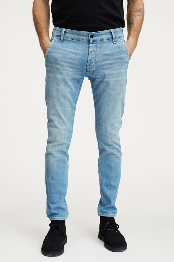 YORK LIGHT BLUE DENIM - SLIM, TAPERED FIT