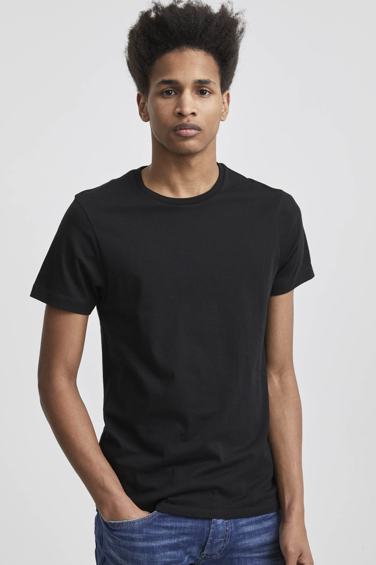 TUBULAR CREW Structured Cotton Tee - Slim Fit