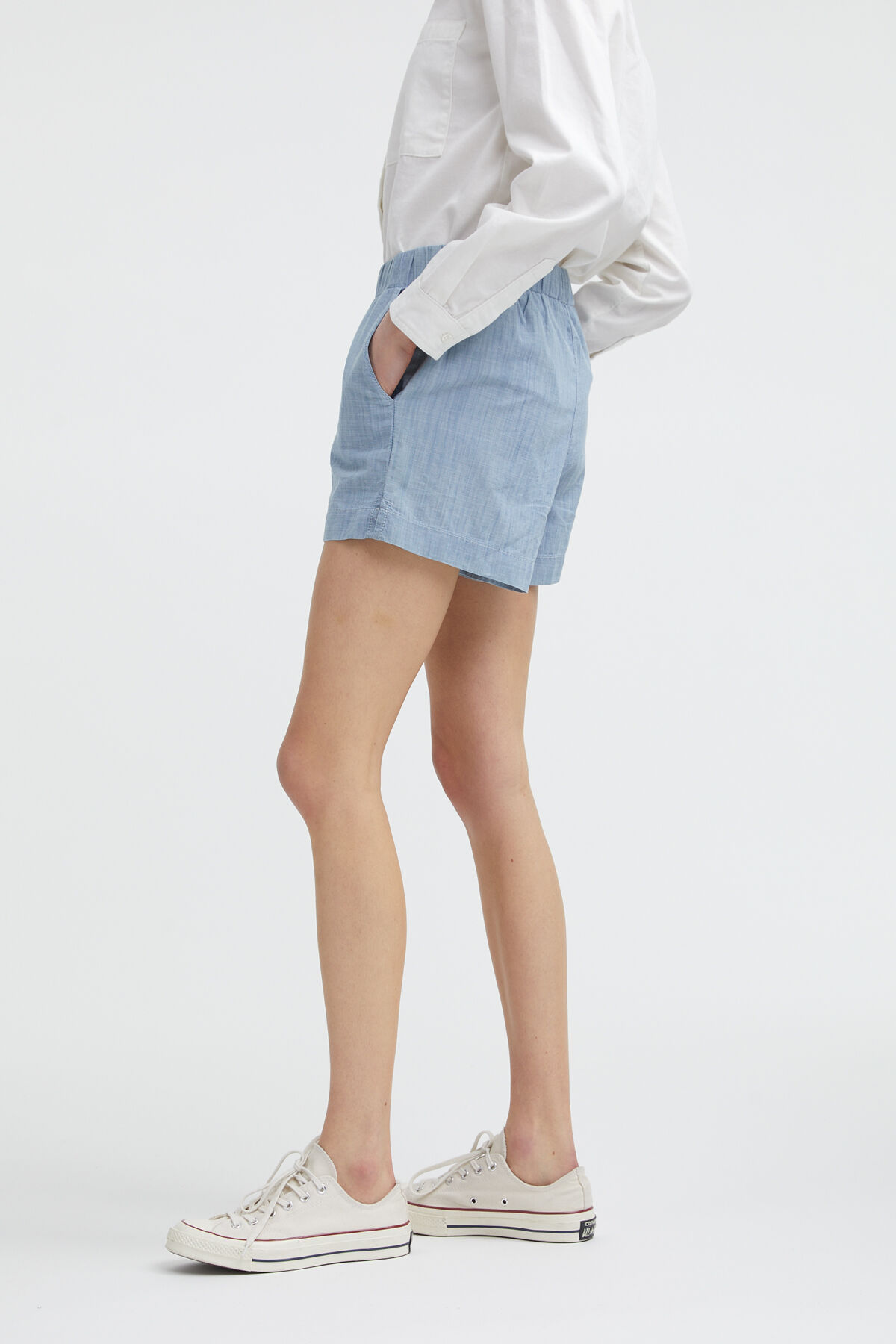 HOLDER SHORT Cotton Chambray - Loose Fit