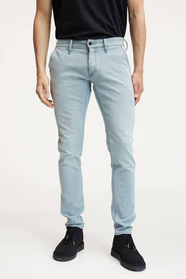 YORK Special Indigo Cast Denim - Slim, Tapered Fit