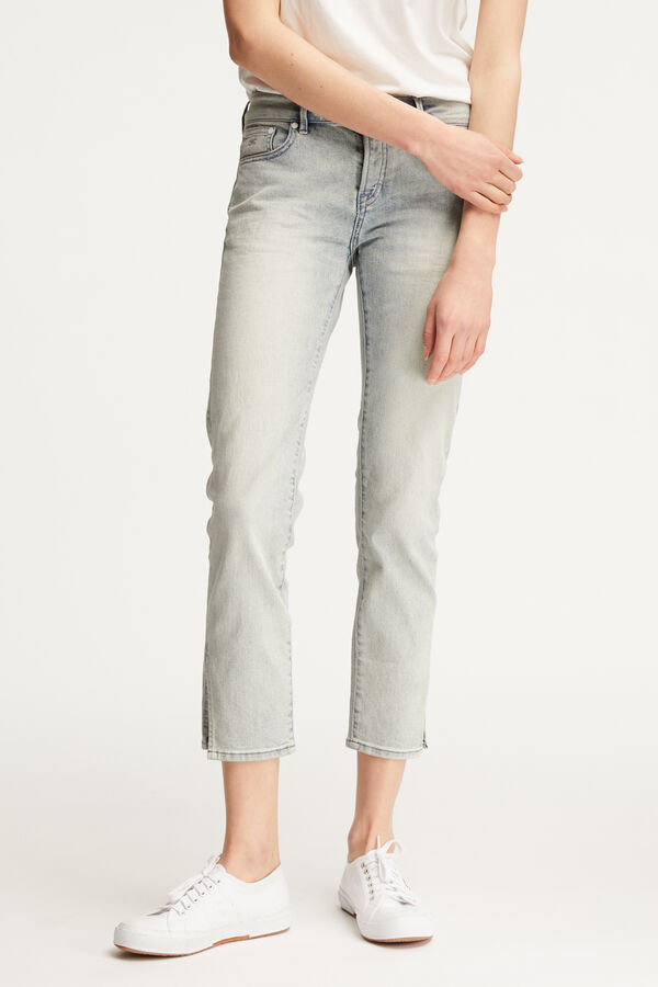 LIZ ANKLE Sun Bleached Indigo Denim - Straight Fit