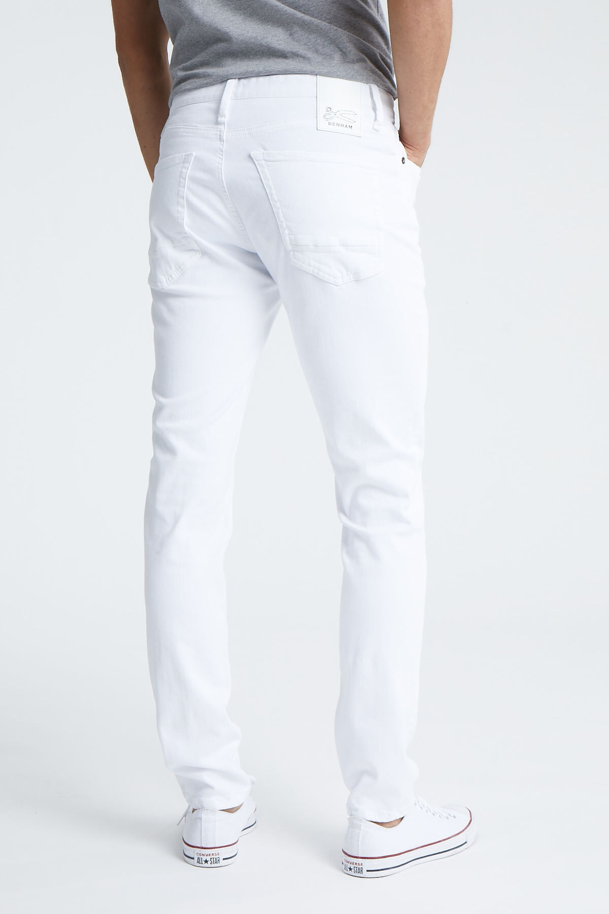 RAZOR White Cast Denim - Slim Fit