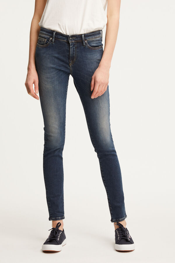 SPRAY Classic Indigo Denim - Mid-rise, TIght Fit