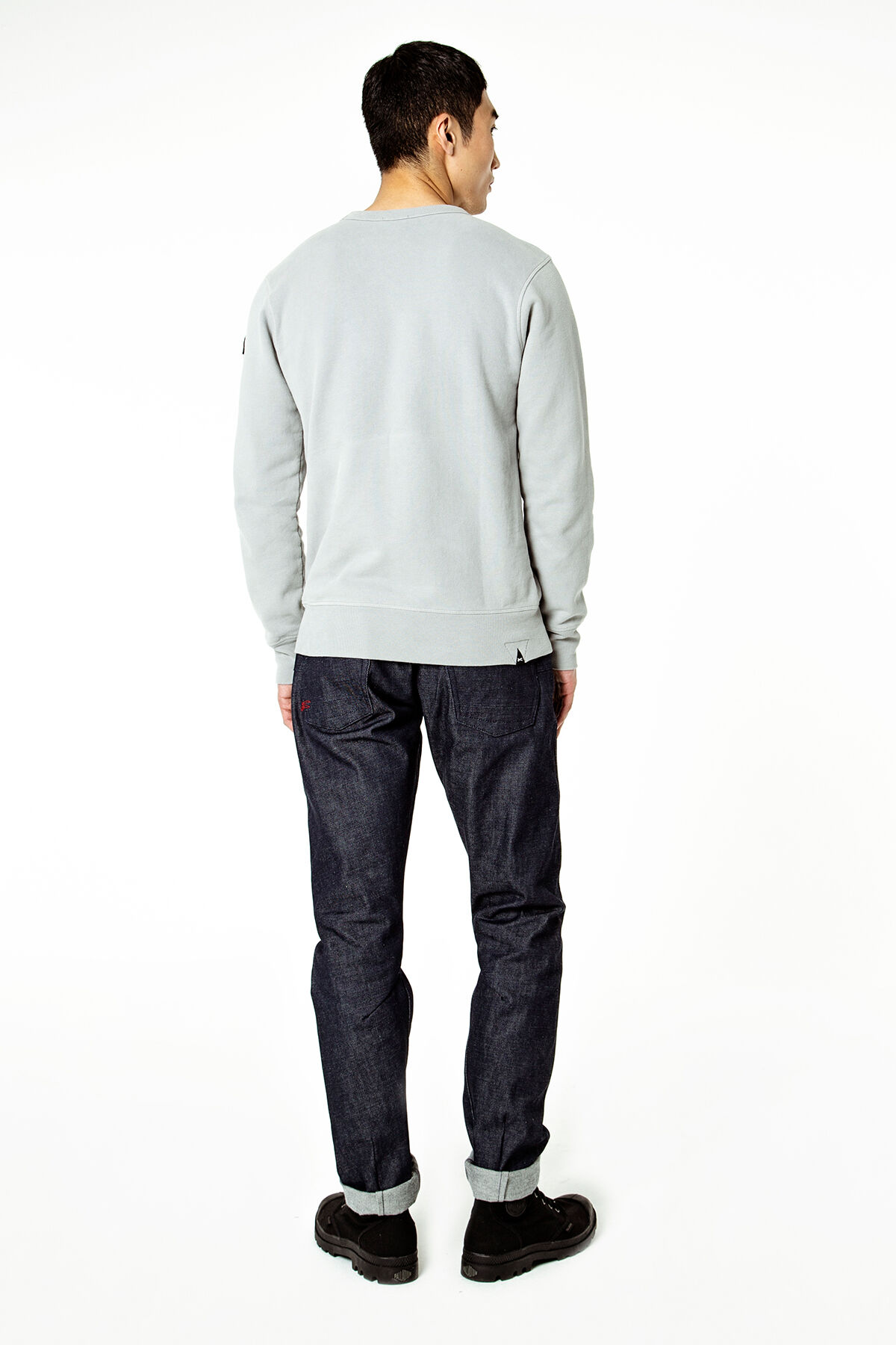 CROSS BACK Raw Selvedge Denim - Carrot Fit
