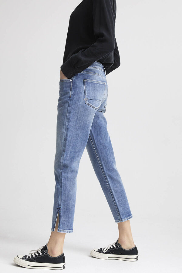 LIZ ANKLE Stonewashed Denim - Straight Fit