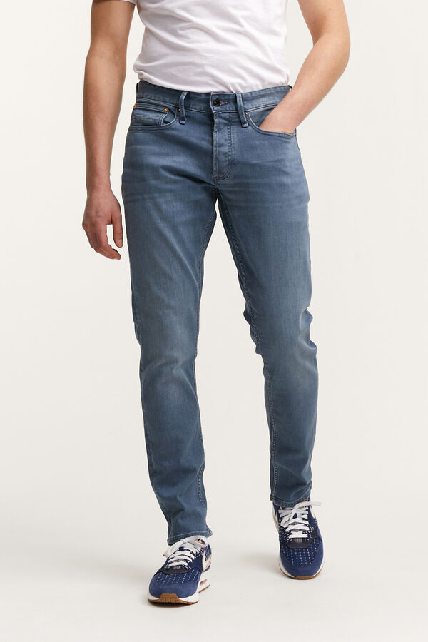 HAMMER Light Indigo Cast Denim - Athletic Fit