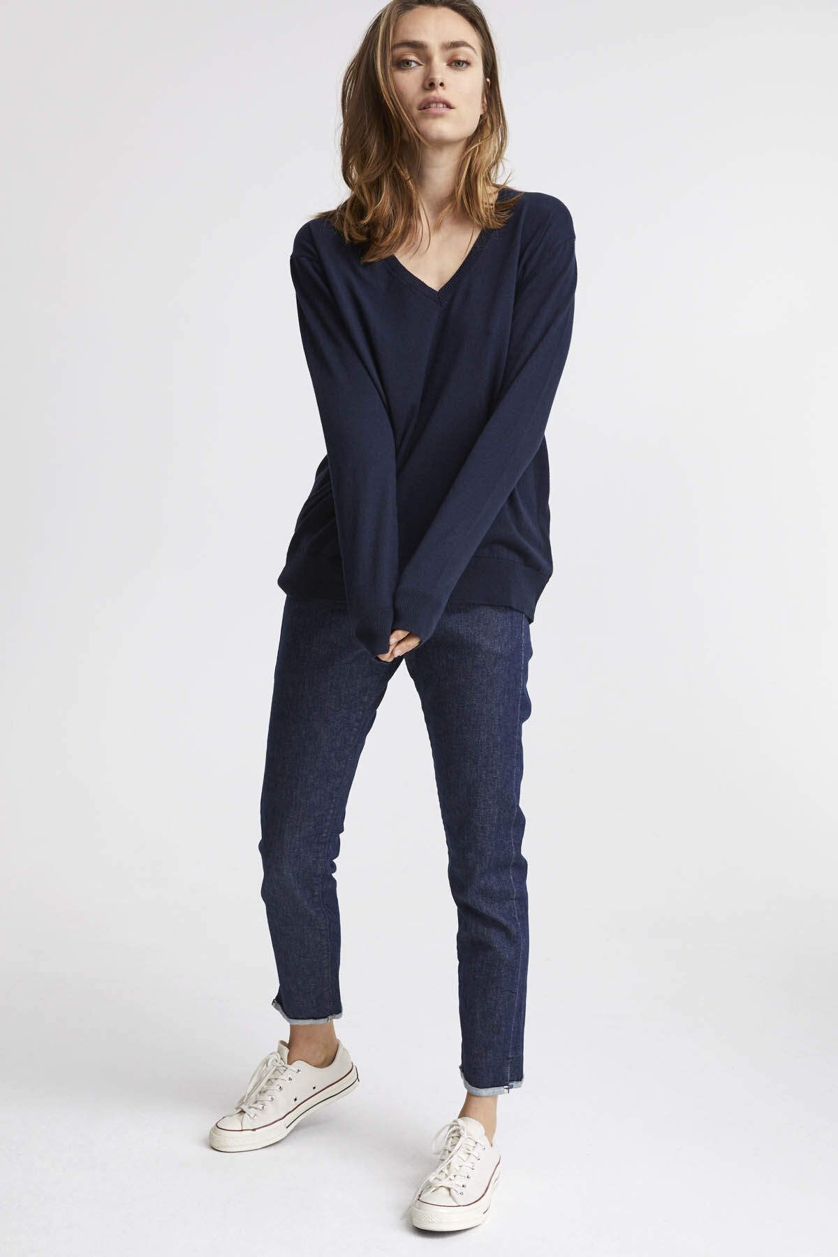 TAYLOR V NECK Brushed Jersey - Oversized Fit