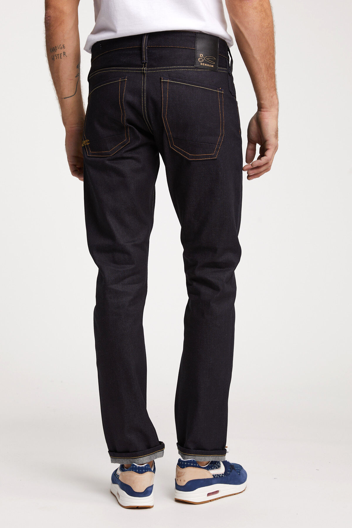 SKIN Raw Selvedge Indigo Denim - Slim Fit