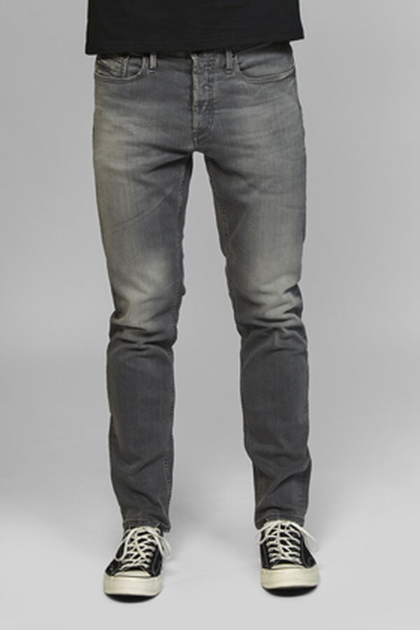 Razor Slim Fit Jeans - 3YG