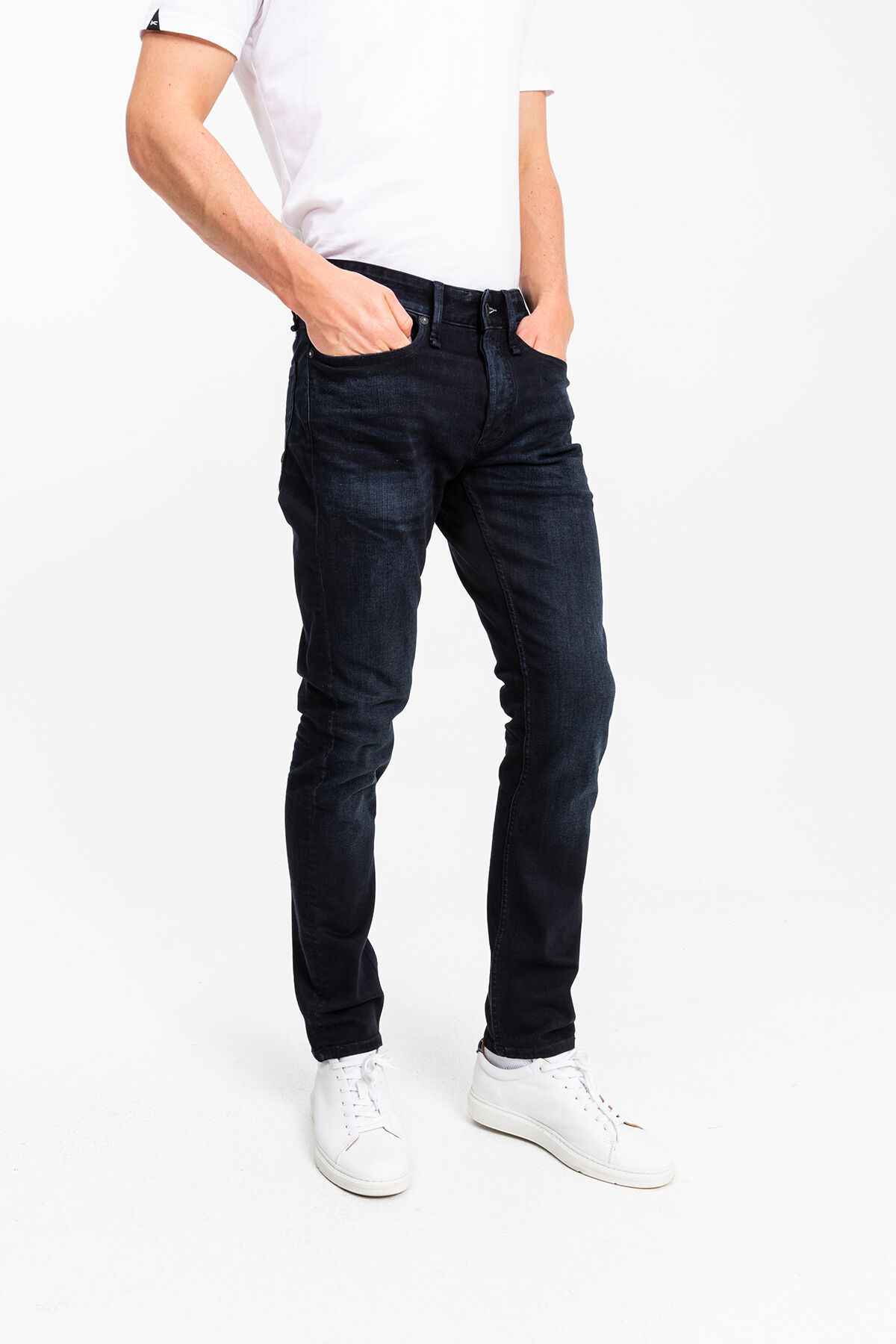 RAZOR Blue-black warp & black weft denim - Slim Fit