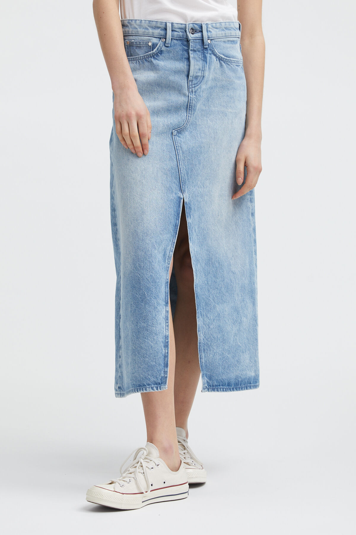 TOWADA Stonewashed Denim Skirt - Midi