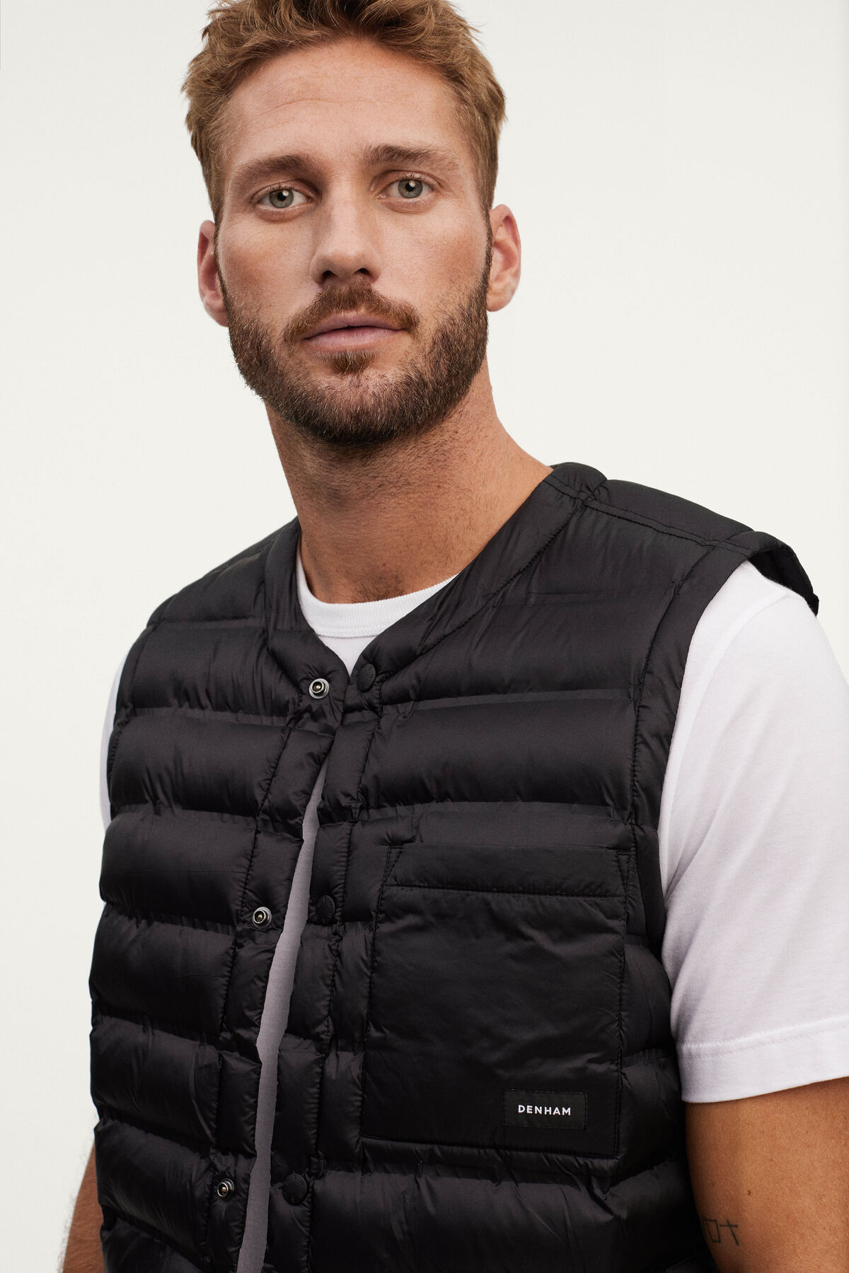 HANK LINER TECHNICAL QUILTED NYLON - Regular Fit