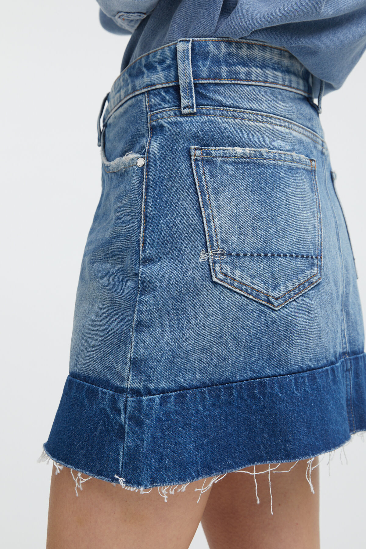 DENIM MIX SKIRT Stonewashed Denim - Mini