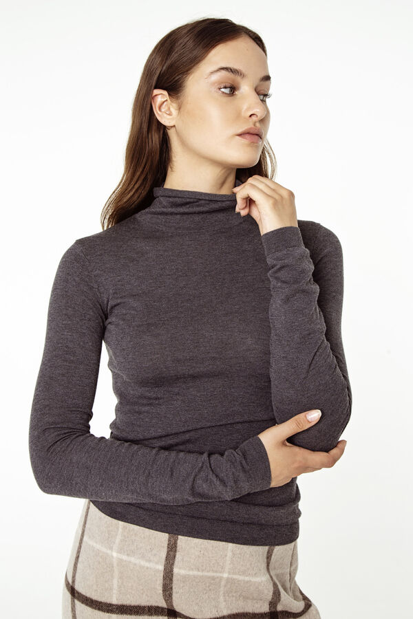 NASU ROLL NECK MCB