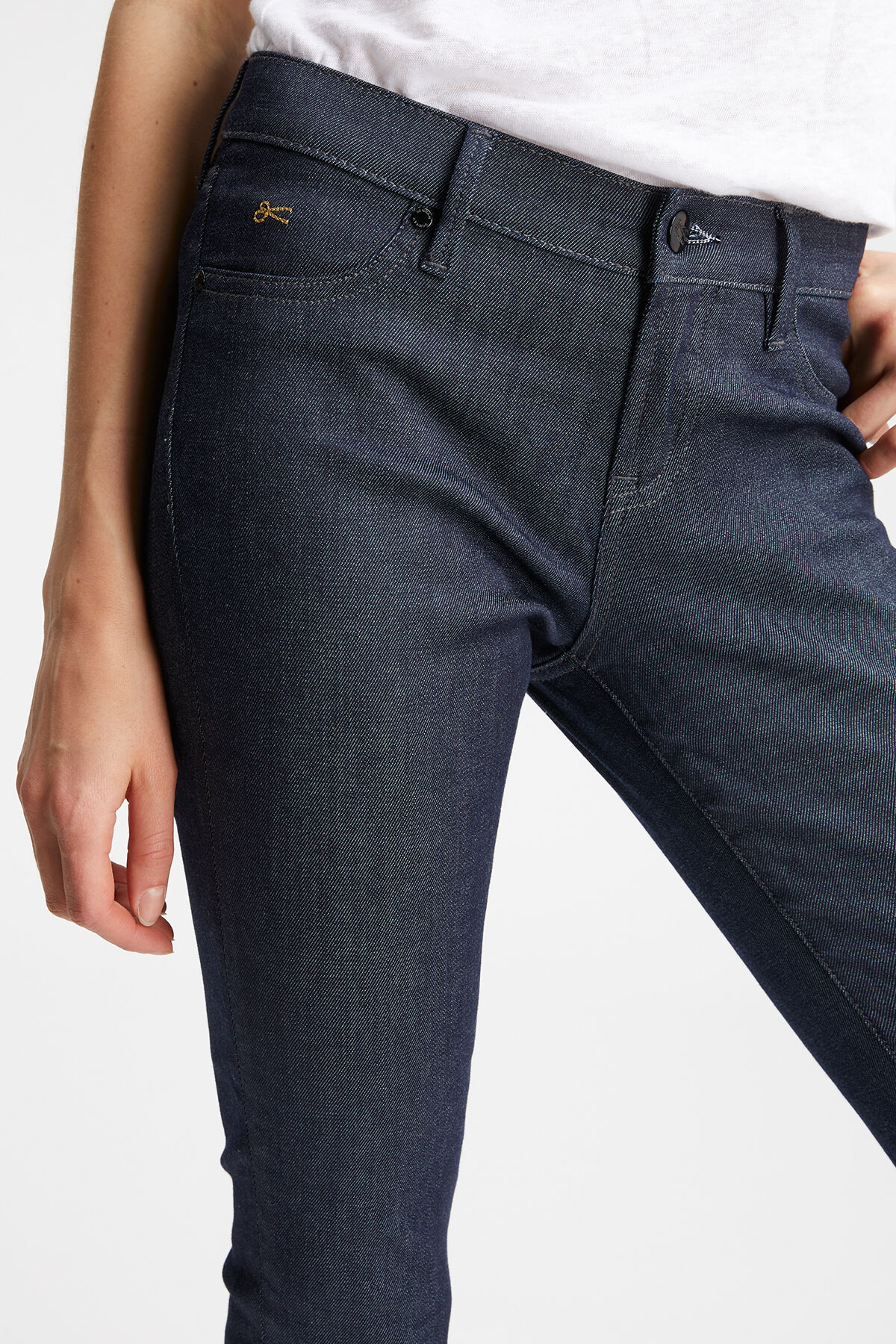 SPRAY Authentic Indigo Denim - Mid-rise, Tight Fit