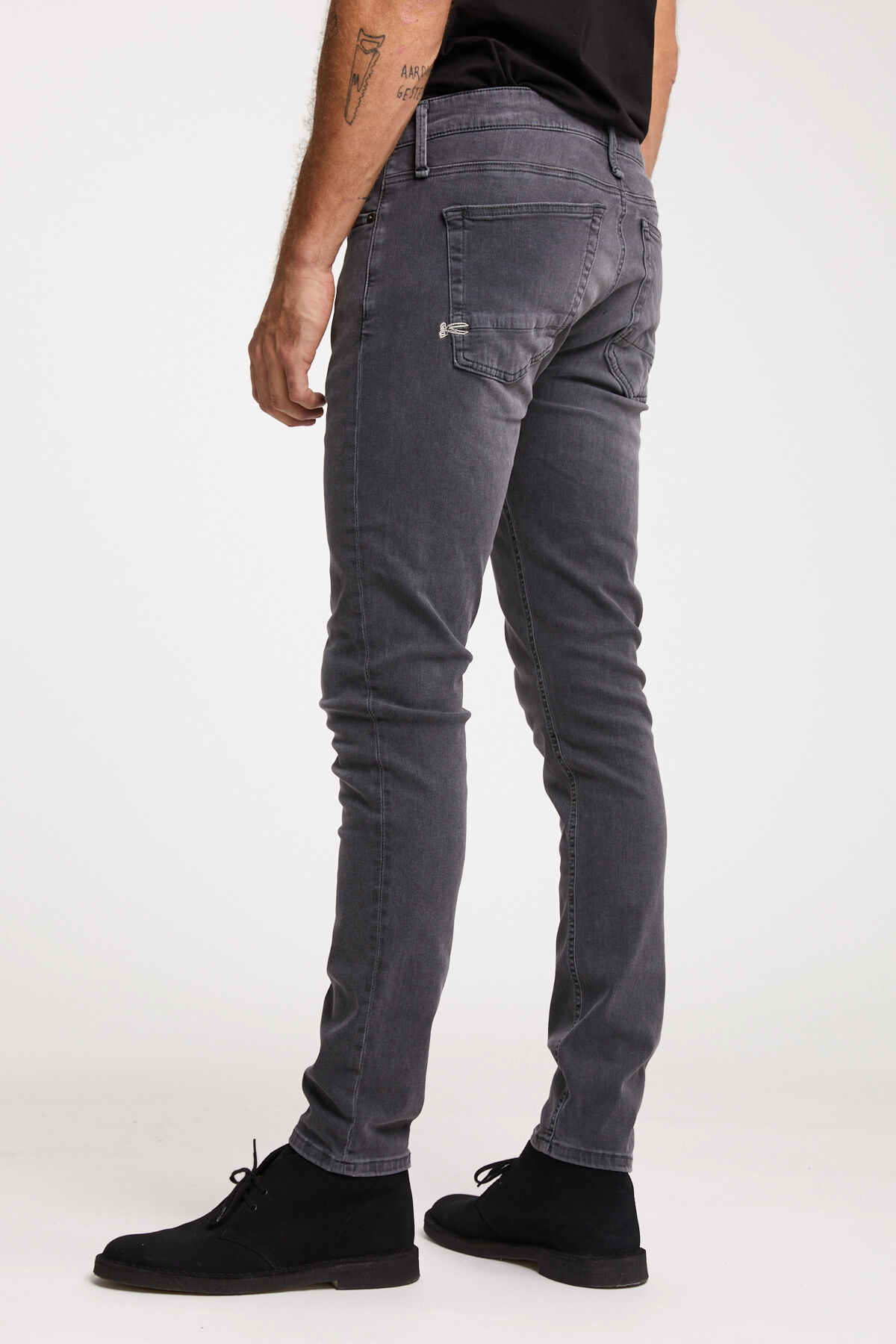BOLT Mid-Grey, Soft worn Denim - Skinny Fit