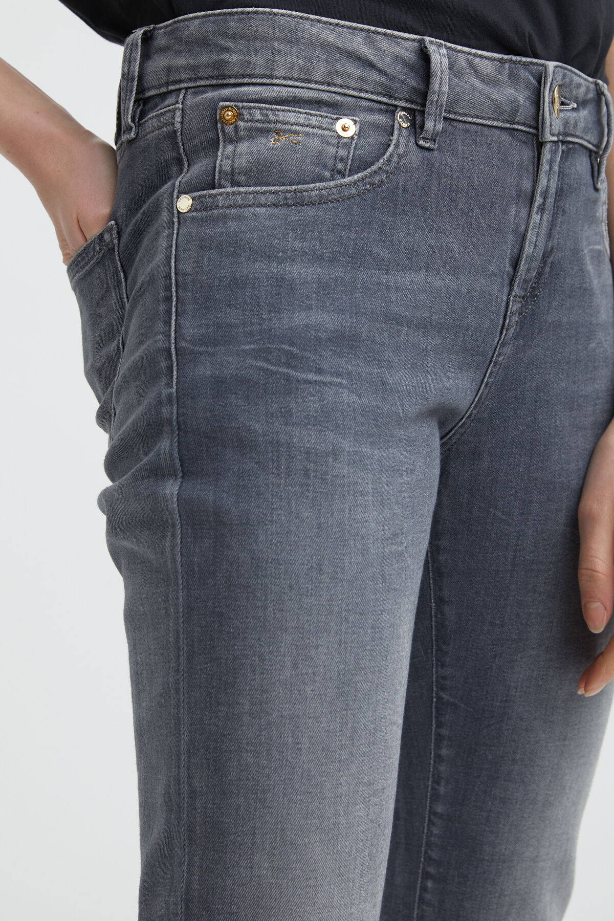 LIZ ANKLE Soft Fade, Grey Denim - Straight Fit