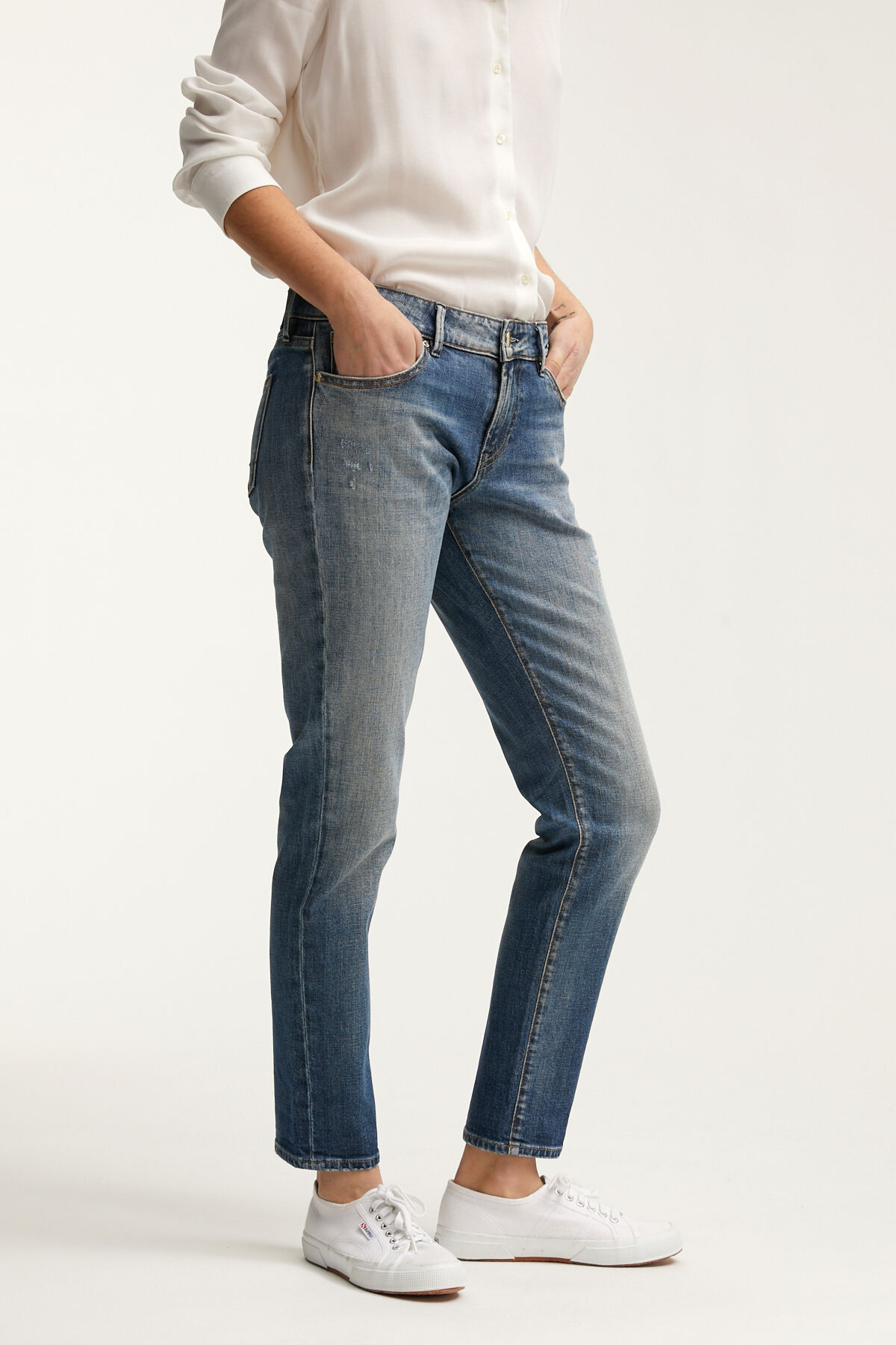 MONROE Four-Year Indigo Denim - Girlfriend Fit
