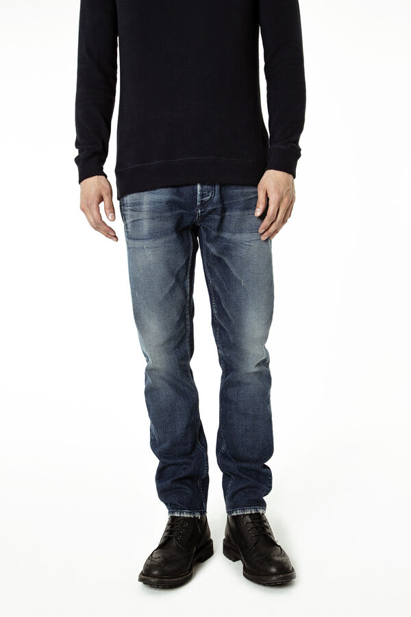 RAZOR Wet-Fade, Dark Wash - Slim Fit