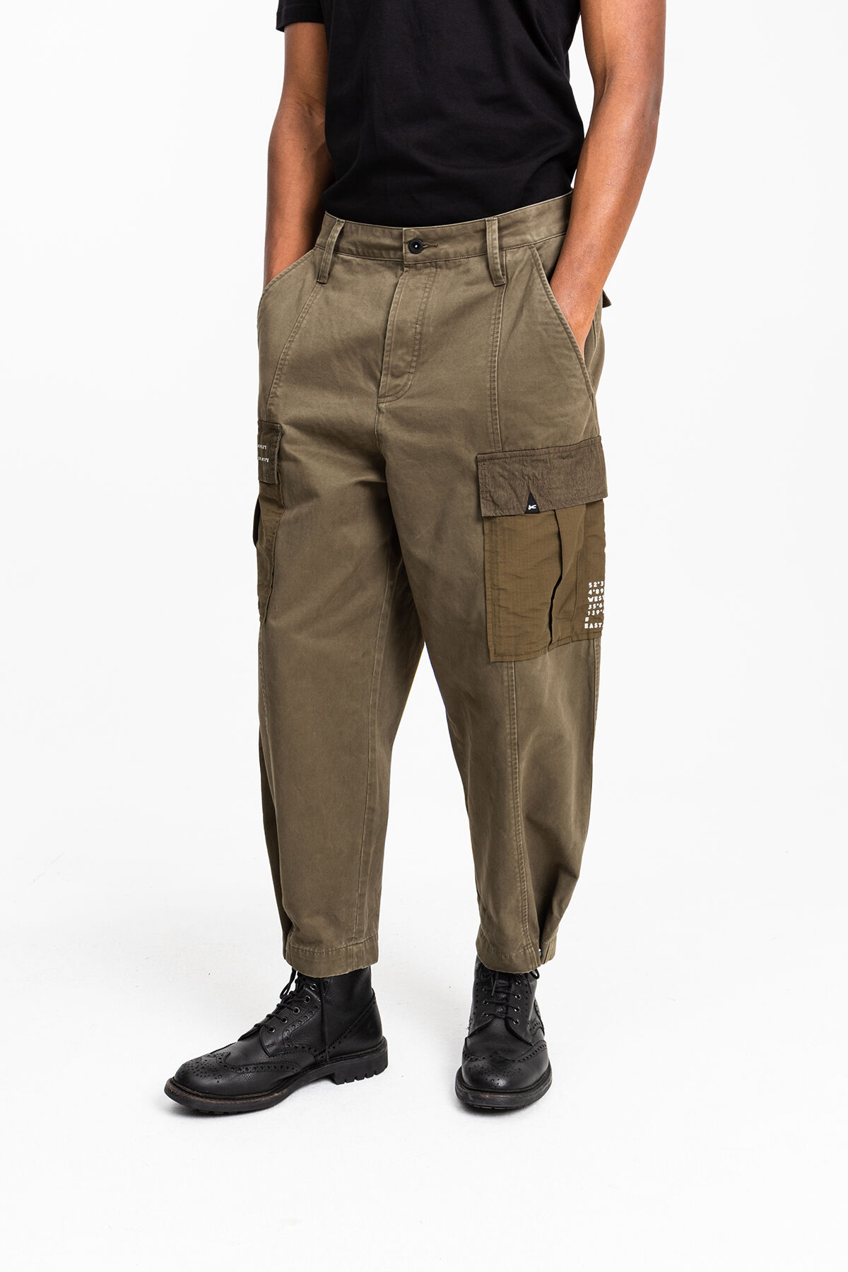 COMBAT PANT Patch detailing - Tapered Fit