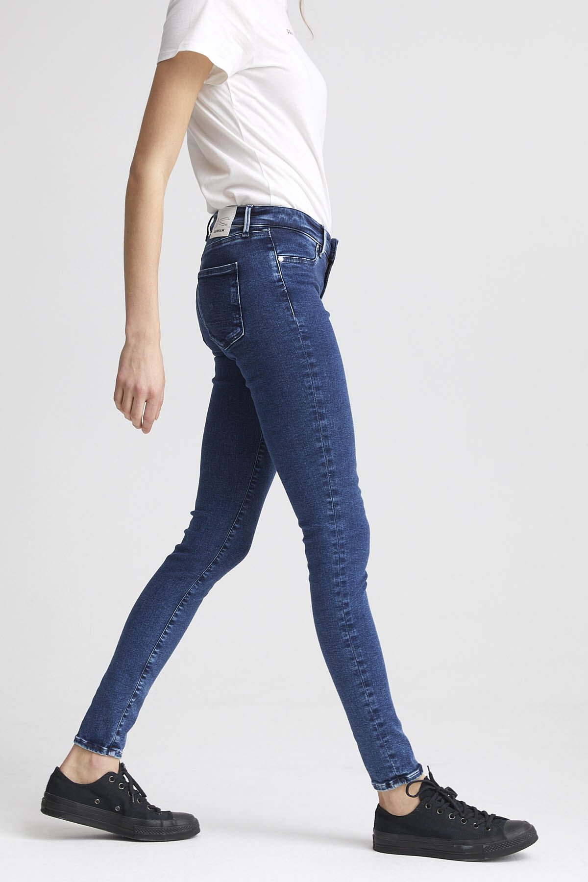 SPRAY Dark Stonewashed Denim - Mid-rise Tight Fit