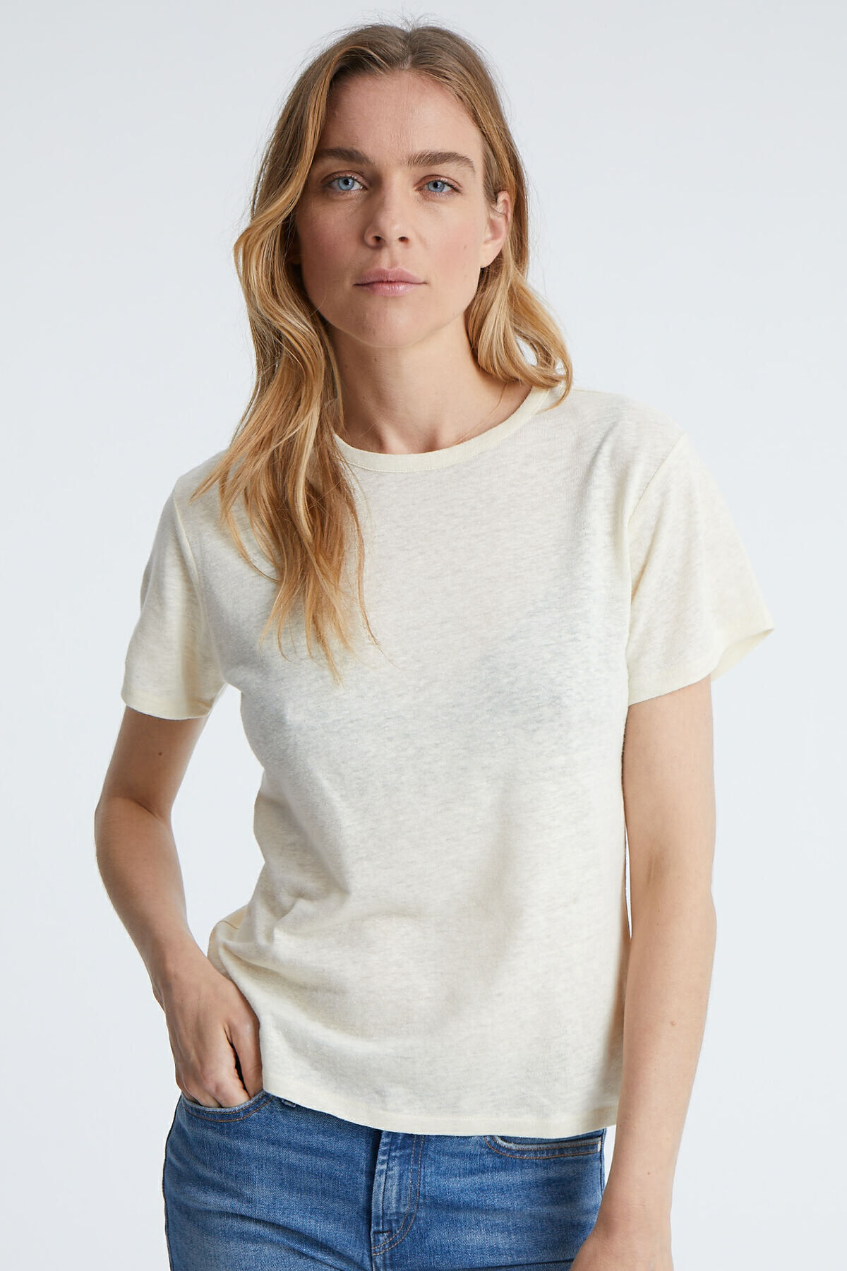 CAMELLIA T-SHIRT Premium Cotton & Linen - Relaxed Fit