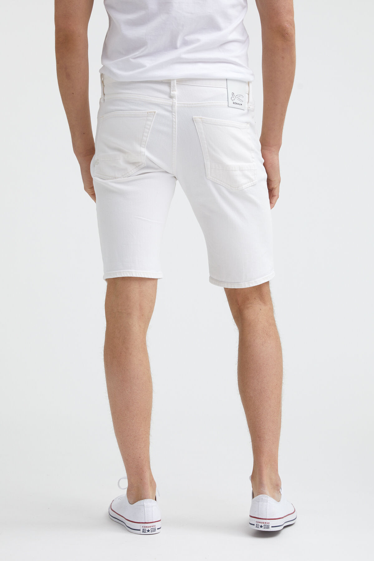 RAZOR SHORT Pure White Finish - Slim Fit