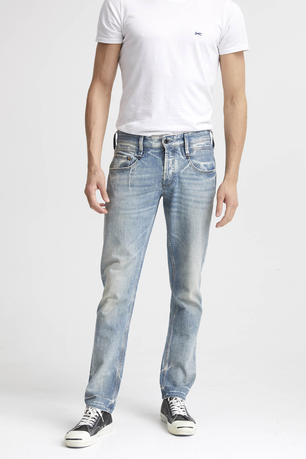 Skin - Slim Fit Jeans - Front