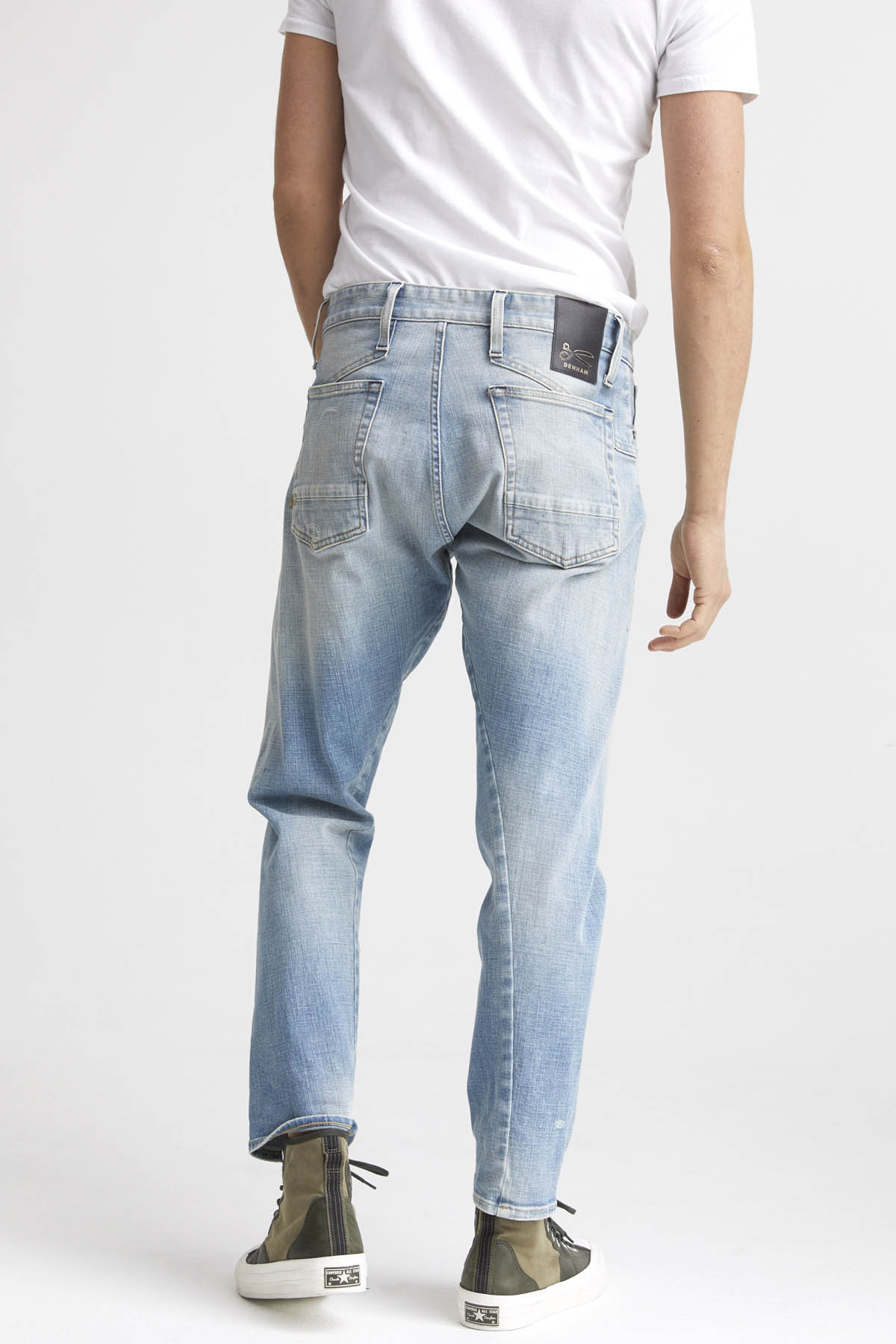 Kinetic - Wide Tapered Fit Jeans - Detail