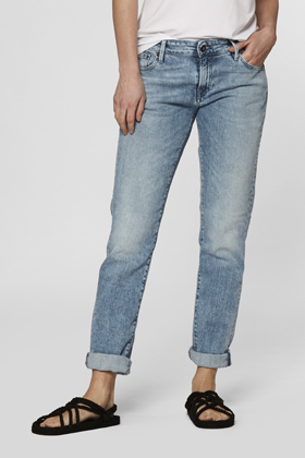 Monroe Girlfriend Tapered Fit Jeans - OX