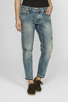 Monroe Girlfriend Tapered Fit Jeans - JDCC