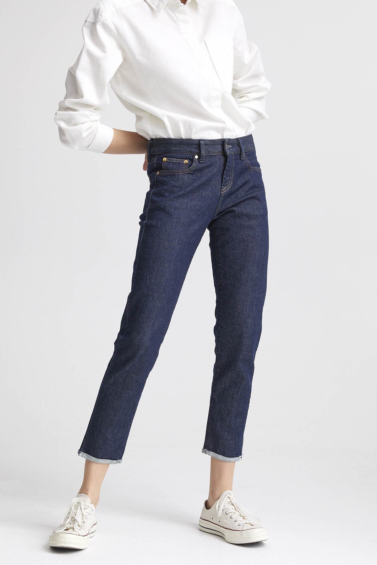 Liz Ankle - Slim Straight Fit Jeans - Front