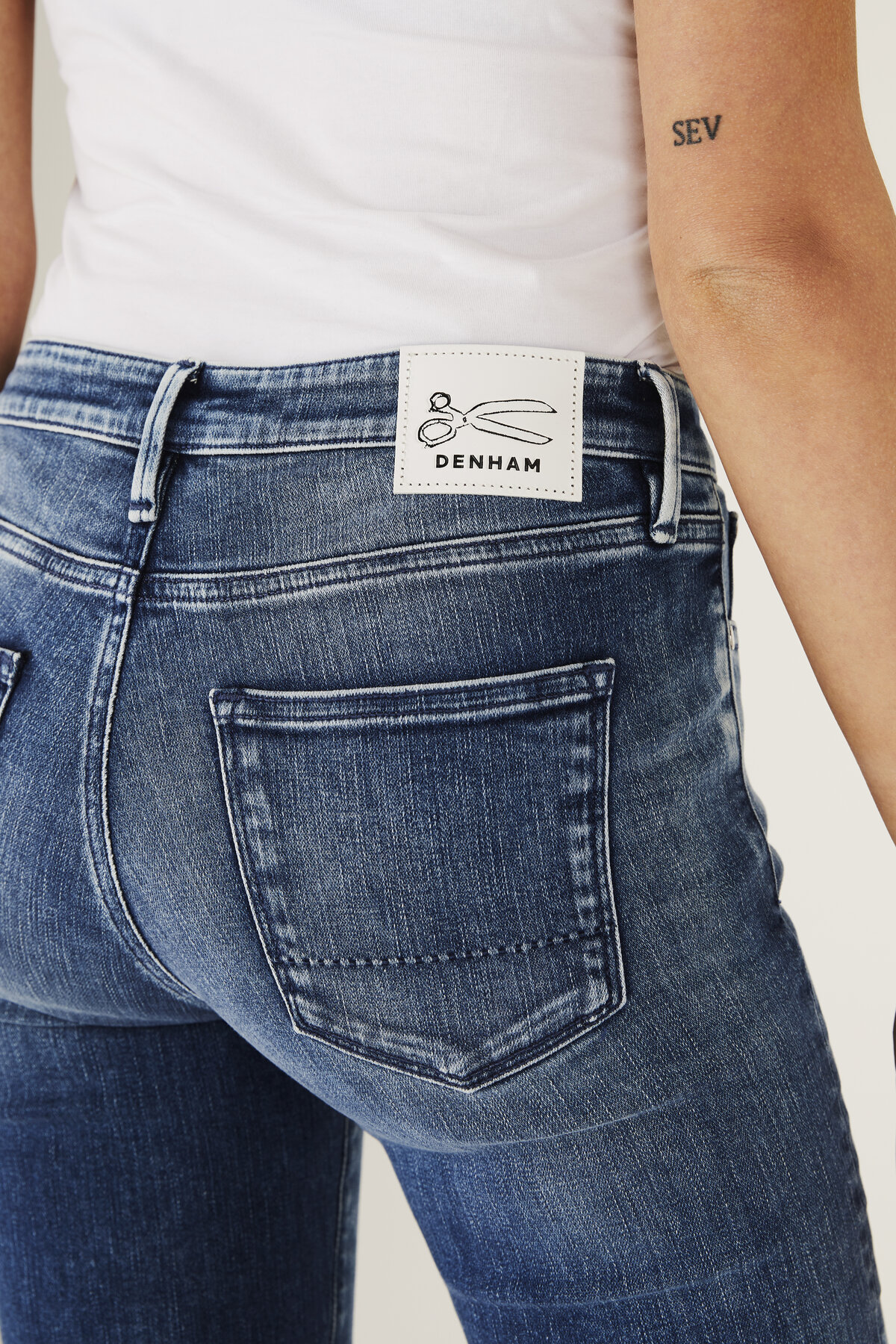 Sharp - Skinny Tight Fit Jeans - Detail