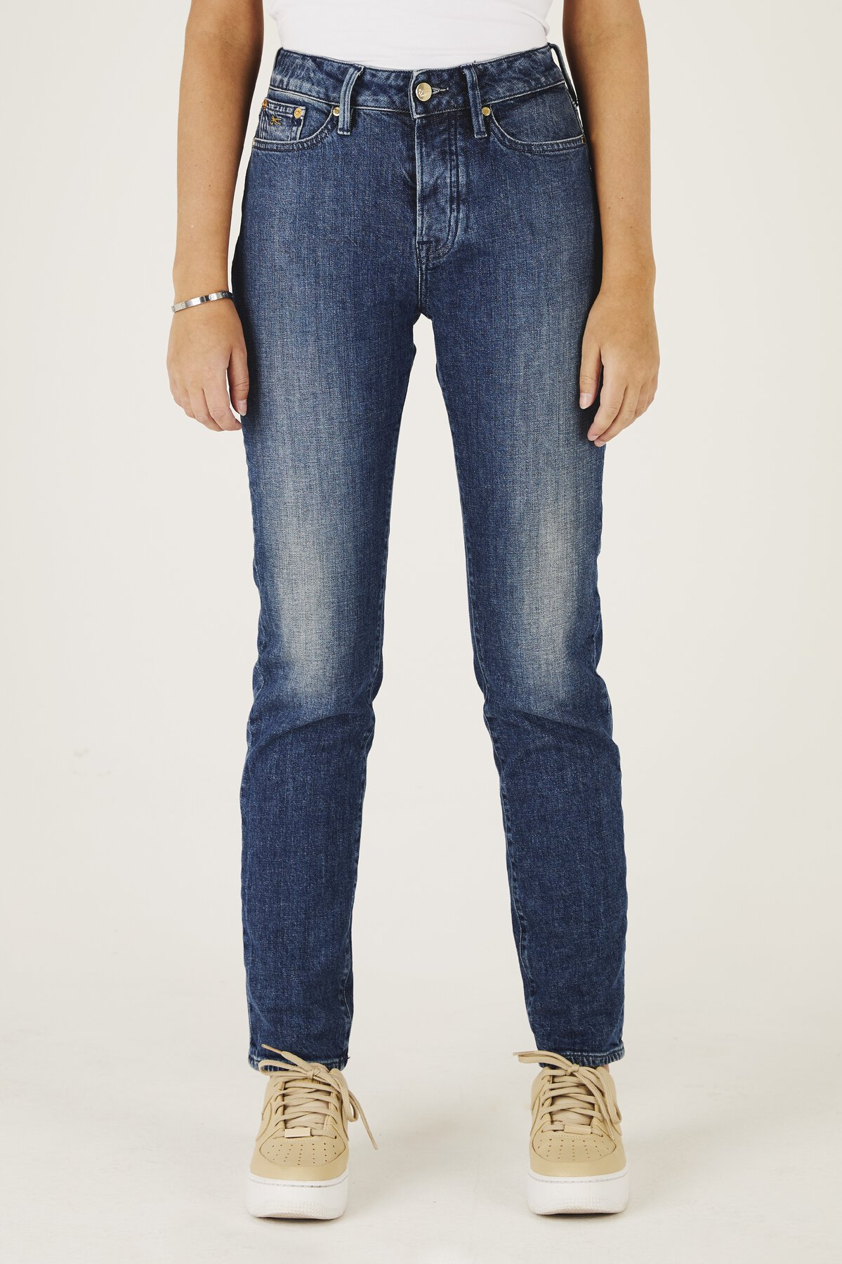 Heidi - High-Rise Straight Fit Jeans - Front